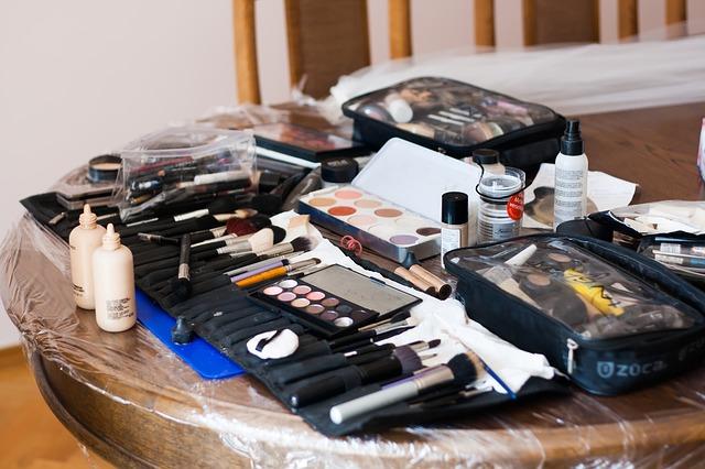 start a makeup blog   FastWebStart